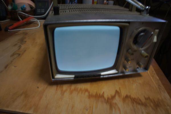 SONYトランジスターマイクロテレビ MODEL 5-202_画像5