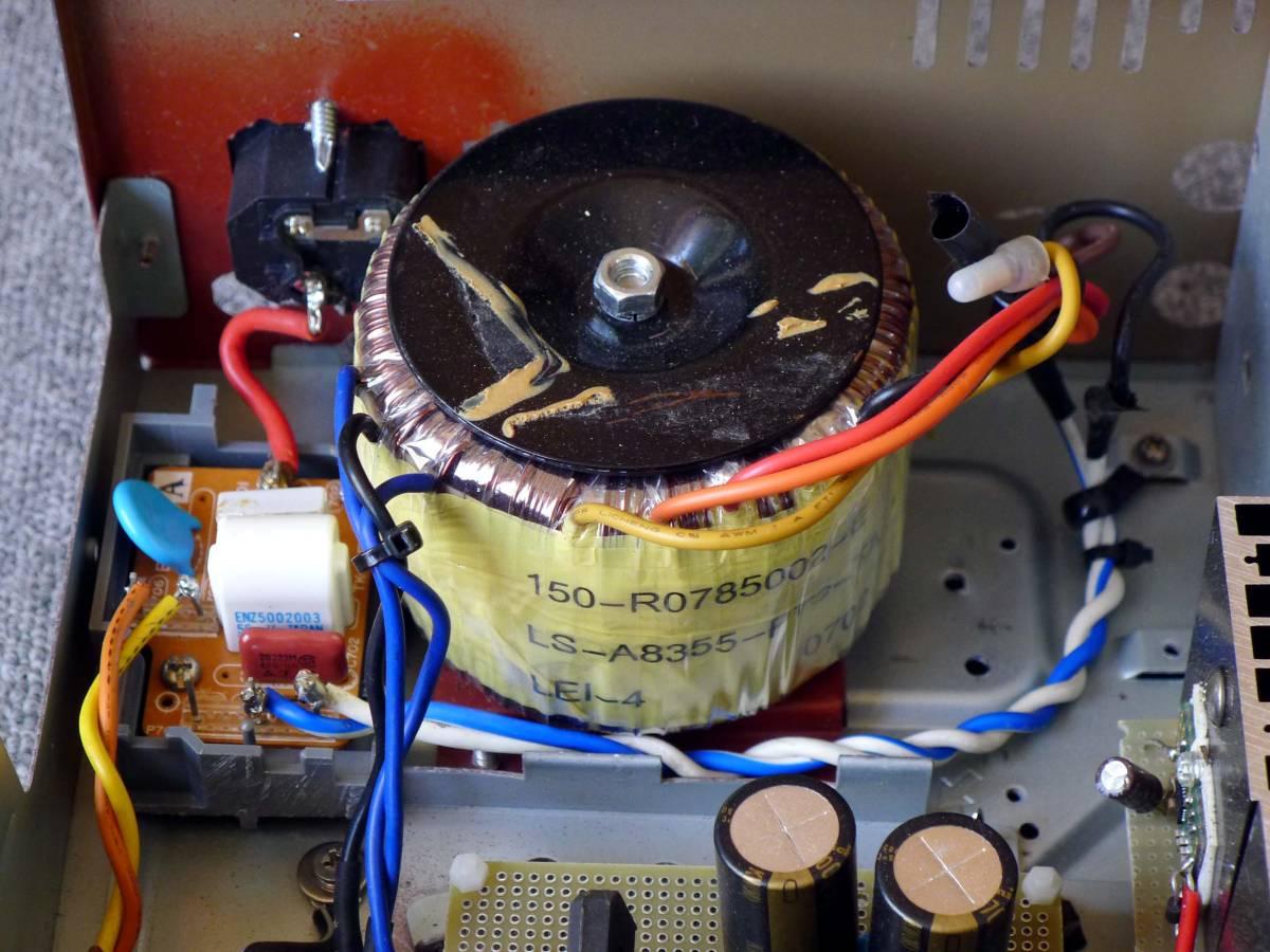 大きなトロイダルトランスを使った自作アンプ、ジャンクにて。_画像2