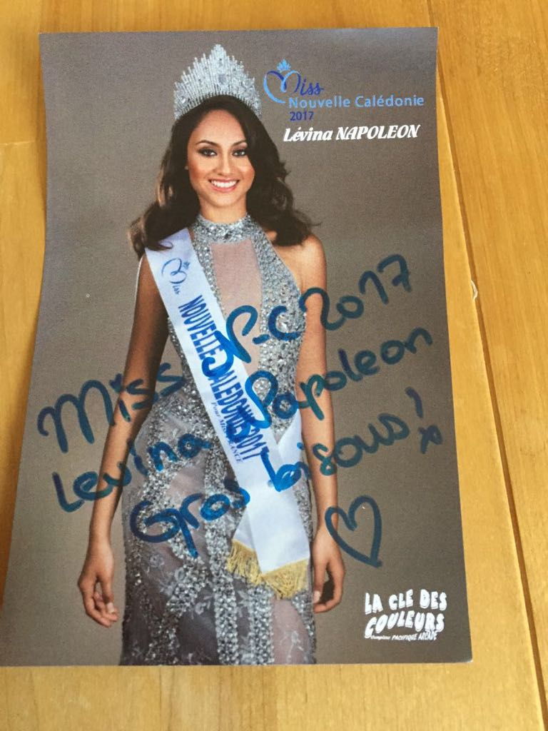 Miss Nouvelle Caledonie 2017 Levina NAPOLEON 写真 サイン