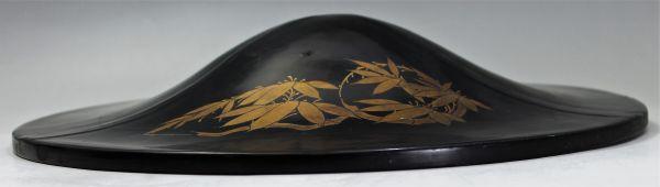 B-327 時代 陣笠 漆塗り金彩 径38.9センチ 武具 薩摩島津紋 古玩 蔵出_画像2