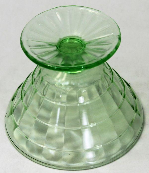 B-326 ウランガラス シャーベットグラス 氷皿 プレスガラス アイスクリーム鉢 高さ7.4センチ 2客 蔵出 古玩_画像8
