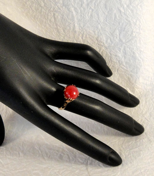 255-180217K5 K18 金 GOLD ゴールド 天然 本物 血赤 珊瑚 サンゴ コーラル リング 指輪 10mm 11号 特別価格_画像4