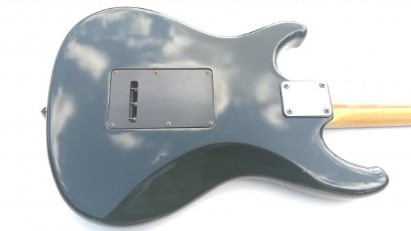 Ibanez RG 140 ROADSTAR SEREIS アイバニーズ ロードスター シリーズ エレキ ギター ヴィンテージ ビンテージ ソフトケース付き 中古 USED_画像3