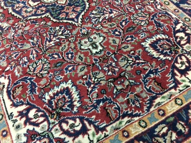 お部屋が1枚でエレガントに!1枚最高のトルコ絨毯は如何?手織りウールラディック絨毯厚みもある素晴らしいマルコポーロも絶賛の絨毯です_画像4