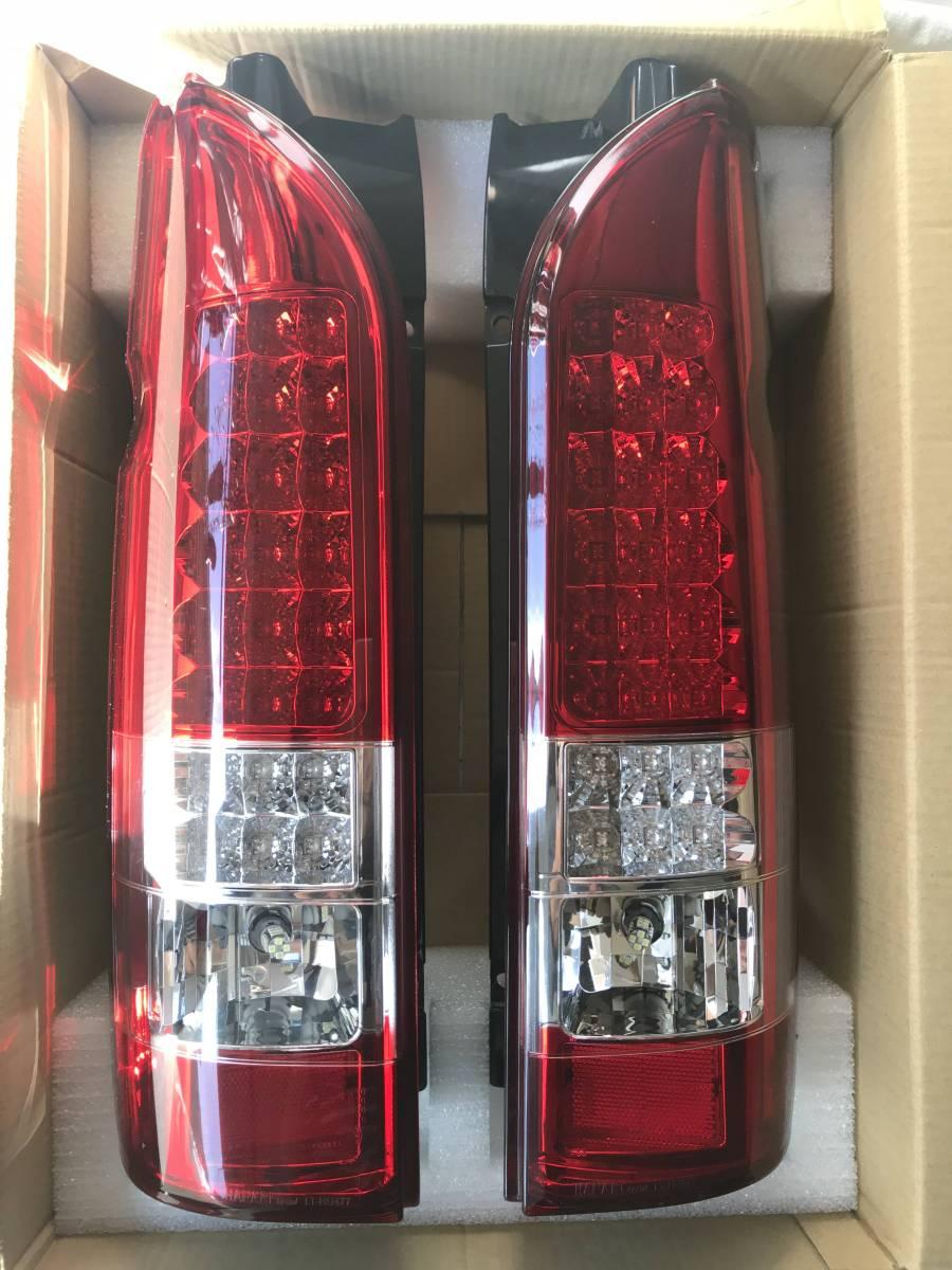 トヨタハイエース 200系  HANABi brand LEDテールランプ LT-HU477
