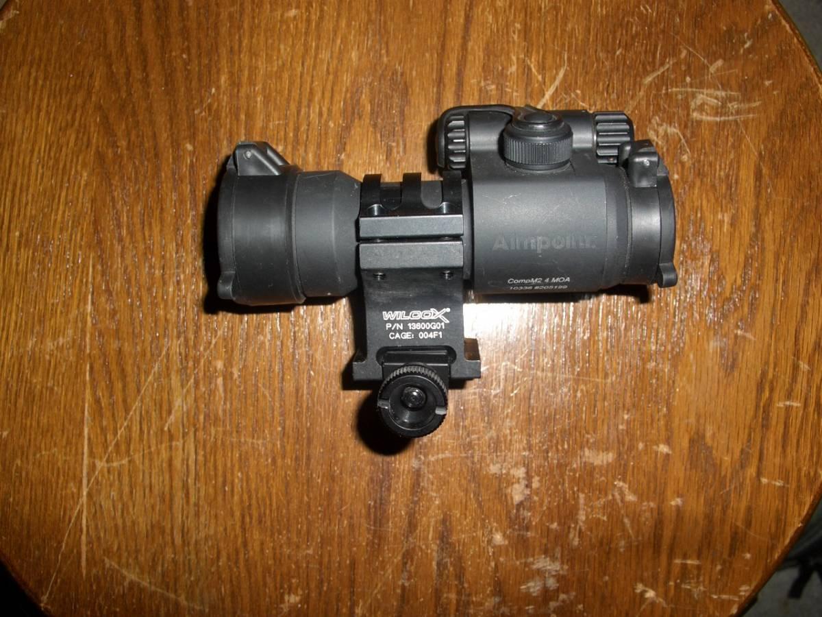 実物Aimpoint Comp M2 レッド・ドット・サイト プラス 実物WILCOX Mk18 Mod0 30mmマウントリング