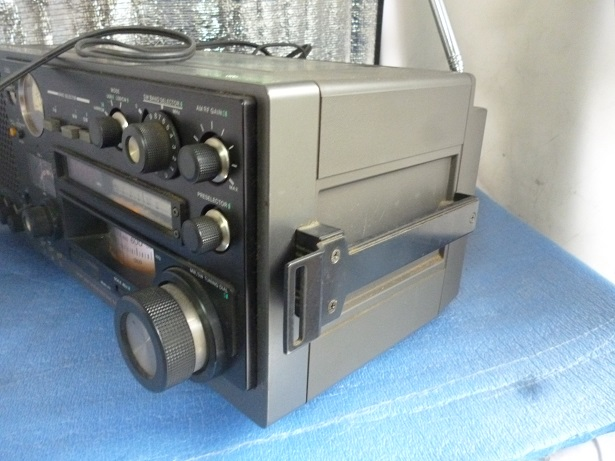 名機【SONY】ソニー 31バンドマルチバンドレシーバー(FM/中波/短波/BCLラジオ)/ICF-6800A_画像8