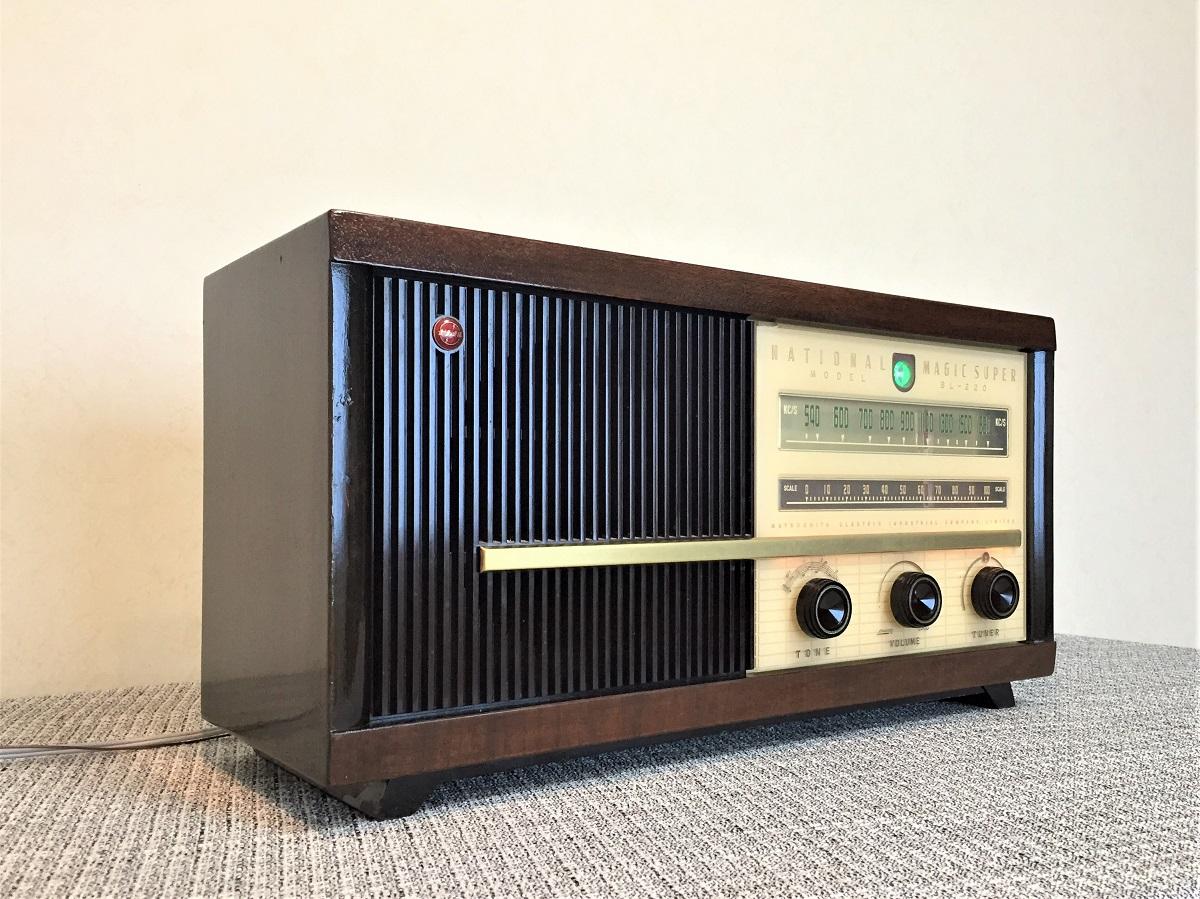 ナショナル真空管ラジオの整備済み品です