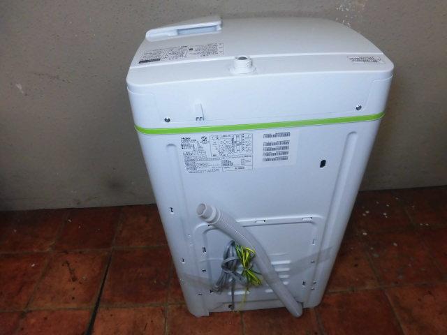 P569♪美品 Haier 2016年製 全自動洗濯機 JW-K33F(W)♪_画像4