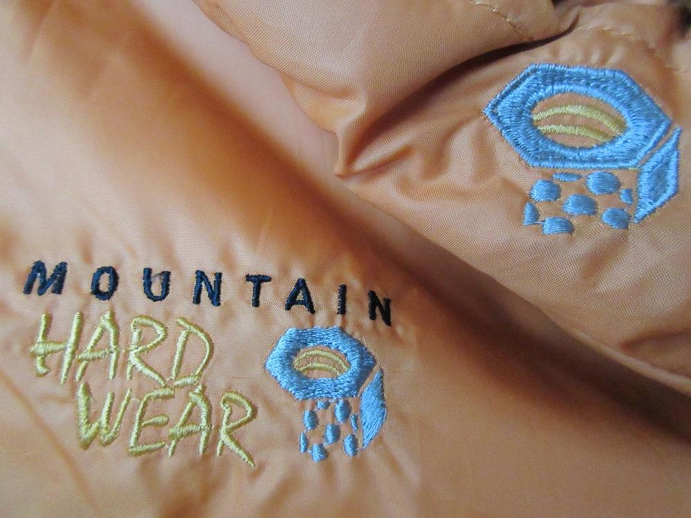 MOUNTAIN HARDWEAR 中綿入り ベスト S オレンジ~イエロー系 マウンテンハードウェア パッカブル ジャケット ブルゾン ダウン キャンプ /n_画像8