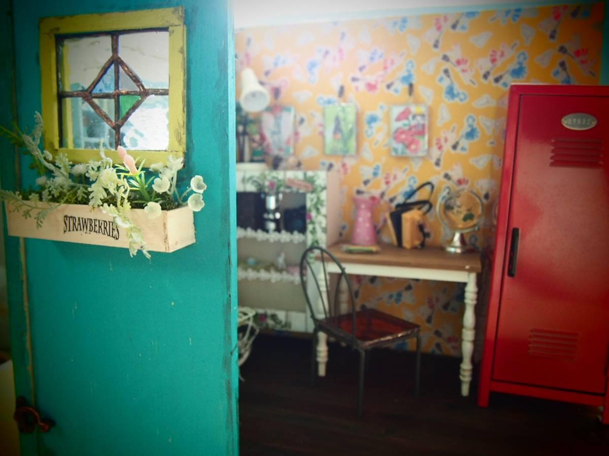 カスタムドールと1/6サイズドールハウスのセット_画像5