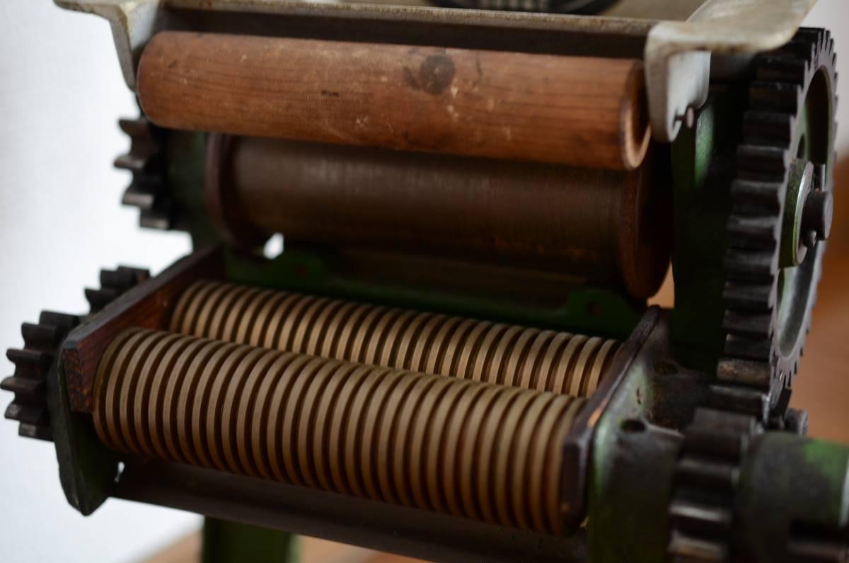 小野機械製作所【小野式製麺機 】両刃 2.2mm 手動製麺機 台座付 手作り蕎麦/うどん等_画像4