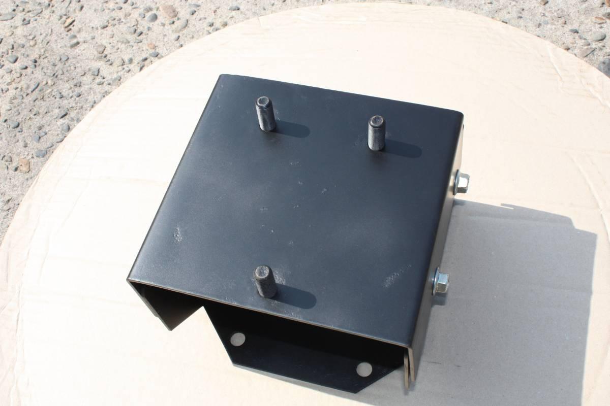 ジムニー 調整式スペアタイヤブラケット JA11V SJ30V JA71V JB23W 背面タイヤキャリア 運賃850円