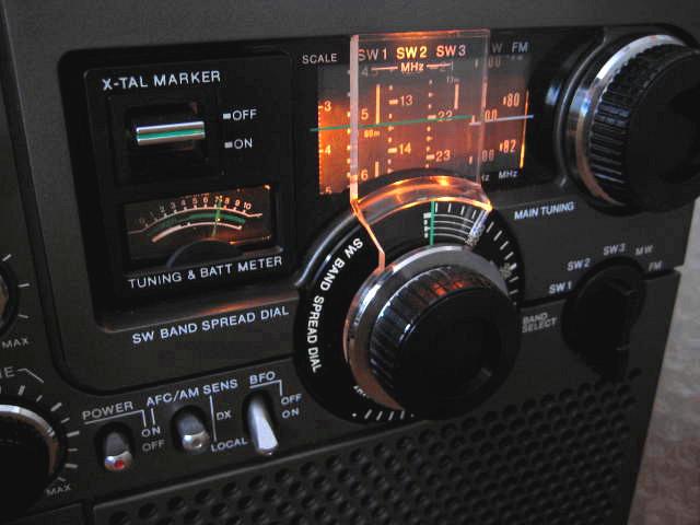 BCL 極上品 完全動作調整済品 SONY ソニー スカイセンサー5900 後期型 箱入 高感度 高性能 スプレッドダイヤル 昭和トランジスタラジオ_画像2