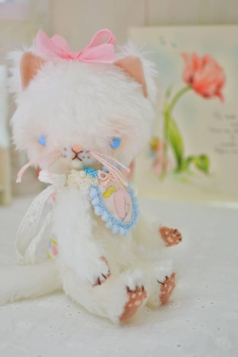 milk* mascot オリジナル白猫のぬいぐるみ 16cm ラバードール  カスタムブライス