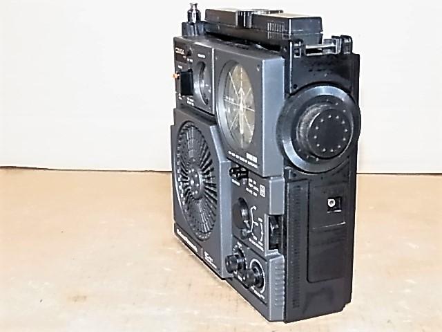 ワイドFM受信可 National Panasonic 松下電器産業 元箱付属品付 極上美品RF-877クーガNo.7BCLラジオ 18022550_画像5