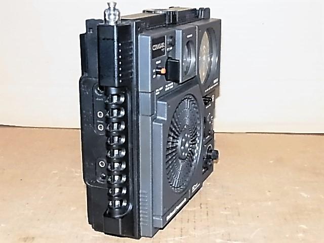 ワイドFM受信可 National Panasonic 松下電器産業 元箱付属品付 極上美品RF-877クーガNo.7BCLラジオ 18022550_画像4