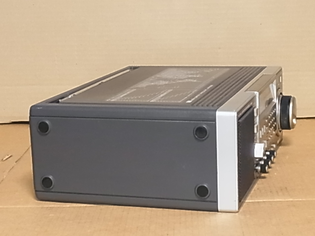 National Panasonic RF-B600 AN/FM/SW BAND RADIO ジャンク品 18031301_画像4