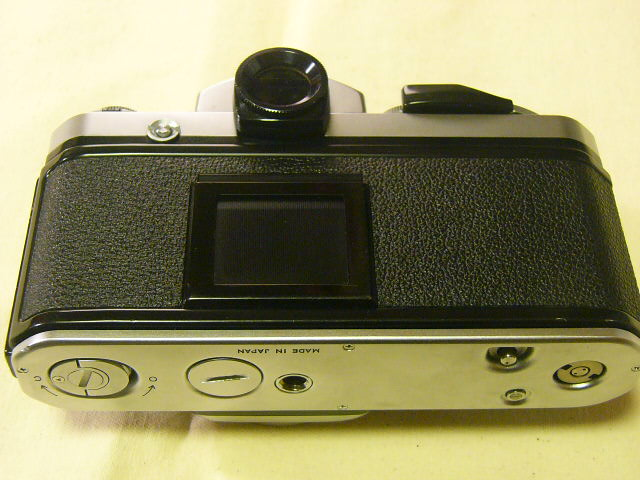 外観綺麗 Nikon ニコン F2/760番台 + アイレベルファインダーDE-1 (実動作・極美品) 腐食無し極上/ジャンク扱い_画像3
