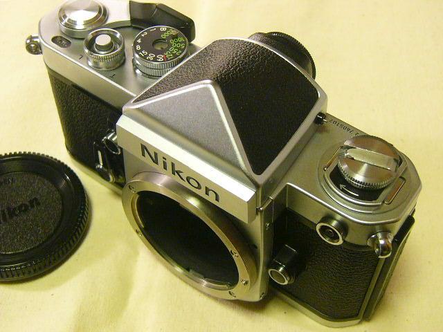 外観綺麗 Nikon ニコン F2/760番台 + アイレベルファインダーDE-1 (実動作・極美品) 腐食無し極上/ジャンク扱い_画像2