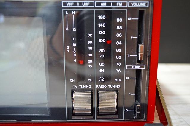 ♪♪20【激レア】蔵出し品FAIR MATE EA-6000 ポータブルテレビ ラジオ 昭和レトロ アンティーク ジャンク♪♪_画像4