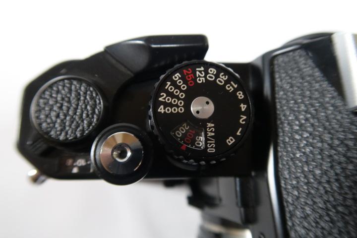 ★★美品Nikon ニコン New FM2ブラック50mmF1,8レンズ付き★★_画像8