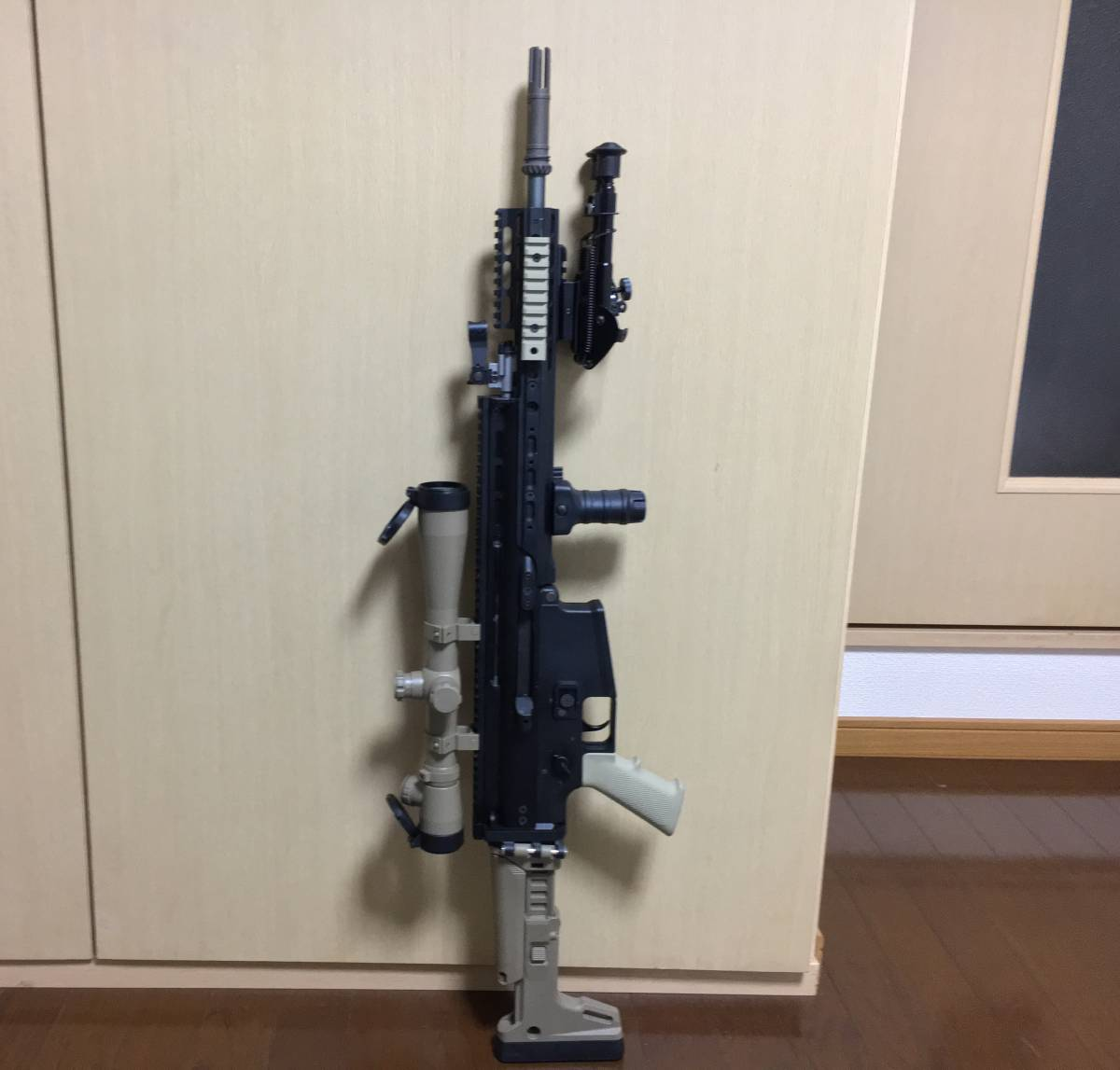 WE SCAR H スナイパーライフル フルカスタム 豪華付属品多数 M14 M4 MK17 SCAR L スカー_画像3