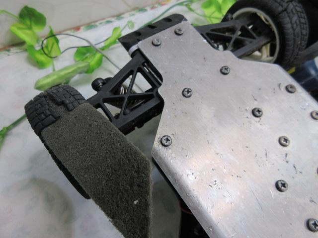 USED&ジャンク品【み516・14】 大量!! ラジコン部品 オイル・タイヤ・部品など30点まとめて フェラーリ&プロポセット付_画像4