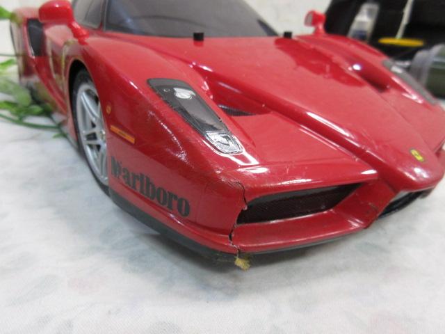 USED&ジャンク品【み516・14】 大量!! ラジコン部品 オイル・タイヤ・部品など30点まとめて フェラーリ&プロポセット付_画像9