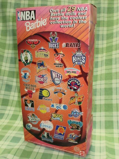 希少NBA バービー 1998 シカゴブルズ Barbie バスケットボール アフリカン アメリカン ドール レトロ ヴィンテージ 人形 フギュア 着せ替え_シカゴブルズ