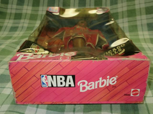 希少NBA バービー 1998 シカゴブルズ Barbie バスケットボール アフリカン アメリカン ドール レトロ ヴィンテージ 人形 フギュア 着せ替え_パッケージ変形等ダメージかなりあり