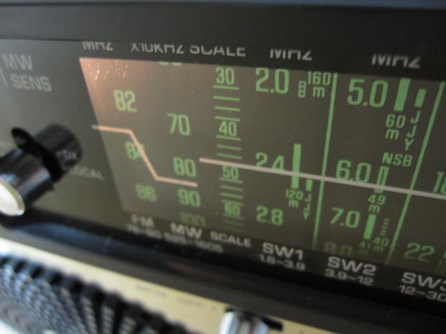 ナショナル クーガ 115 RF-1150 COUGAR115 パナソニック BCL ラジオ 昭和レトロ_画像2