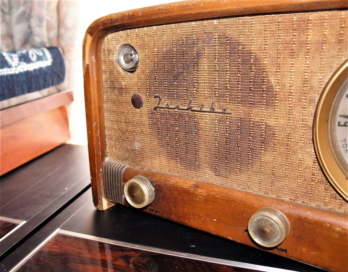 東芝真空管ラジオ MODEL 614A 未チェックのジャンク_画像7