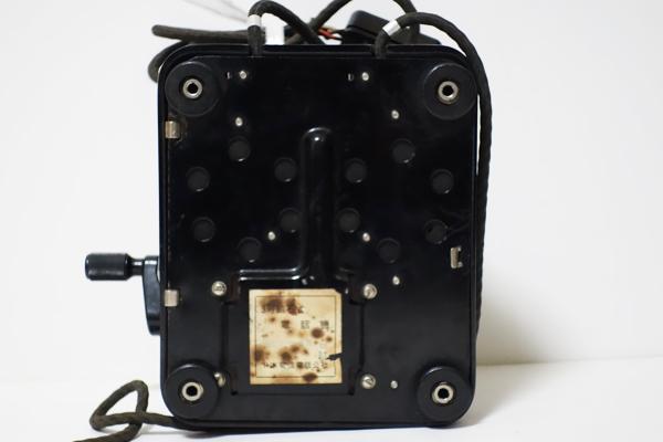 ■手回し電話機 3号磁石式 昭和41年5月製造 日本電信電話公社 卓上 アンティーク 昭和レトロ ジャンク品_画像8