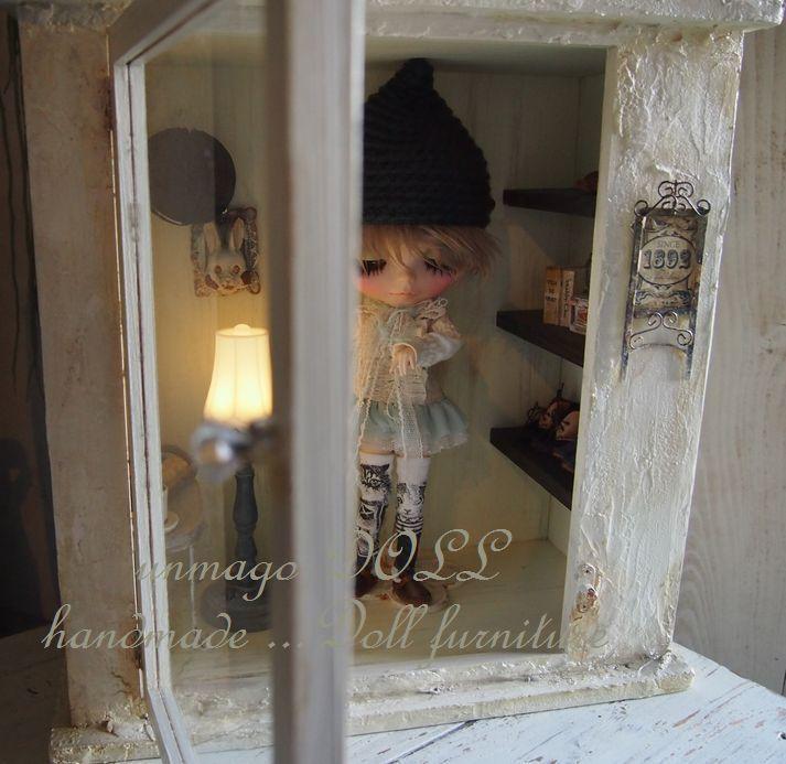 unmagoDOLL 漆喰壁のガラスケース ブロカント風 ディスプレイ ドールケース ウサギ ドールハウス ブライス momoko_画像3