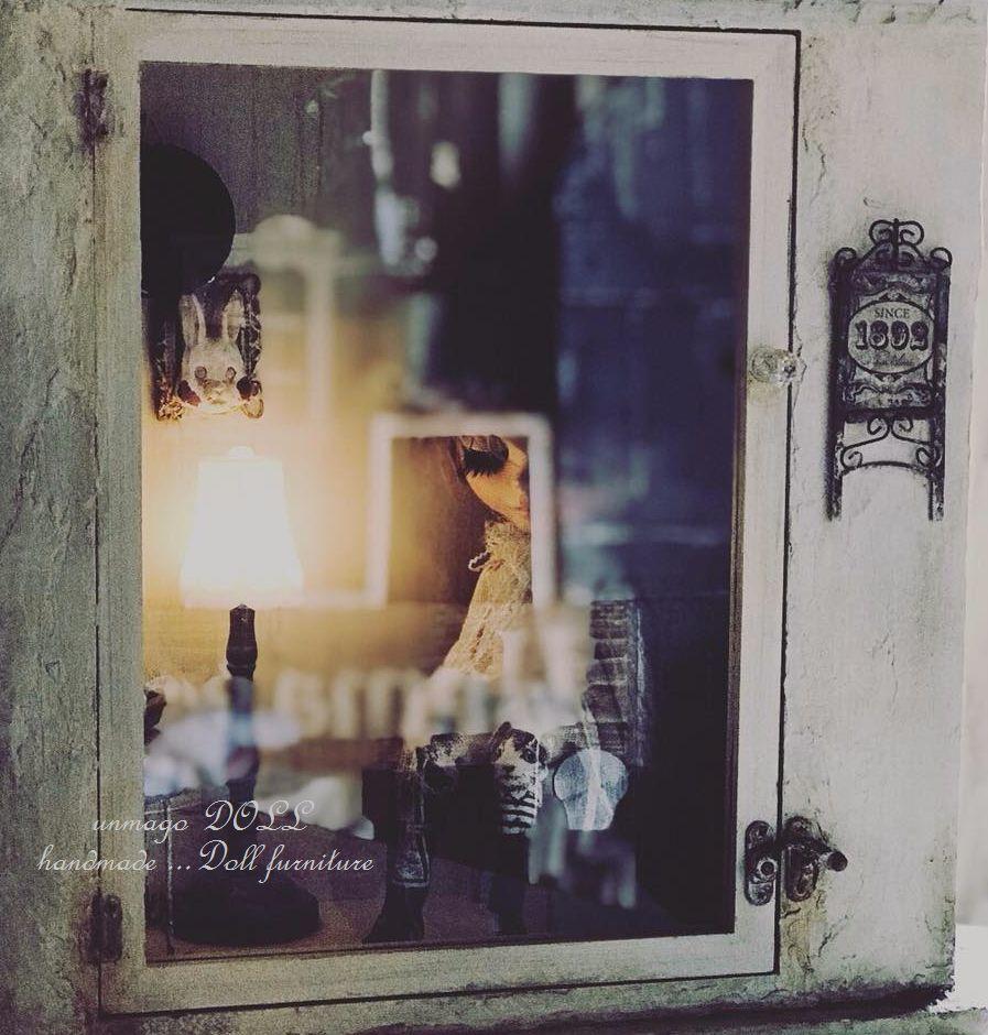 unmagoDOLL 漆喰壁のガラスケース ブロカント風 ディスプレイ ドールケース ウサギ ドールハウス ブライス momoko