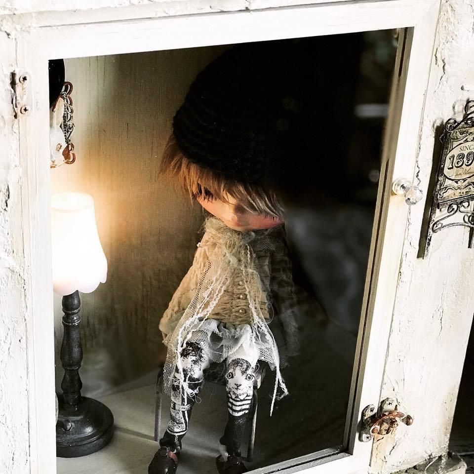 unmagoDOLL 漆喰壁のガラスケース ブロカント風 ディスプレイ ドールケース ウサギ ドールハウス ブライス momoko_画像4