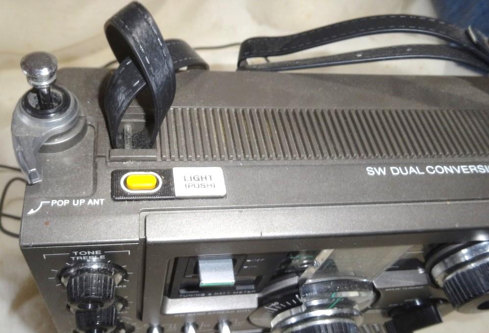C148 SONY ICF-5900 6V純正アダプター付き 完動品_画像2