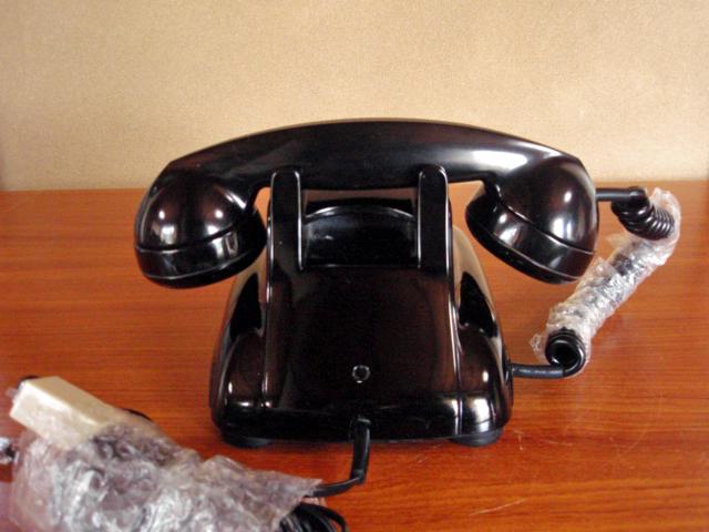 ◆昭和の4号黒電話◆整備済み 光回線可/モジュラーケーブル延長仕様 骨董_画像2