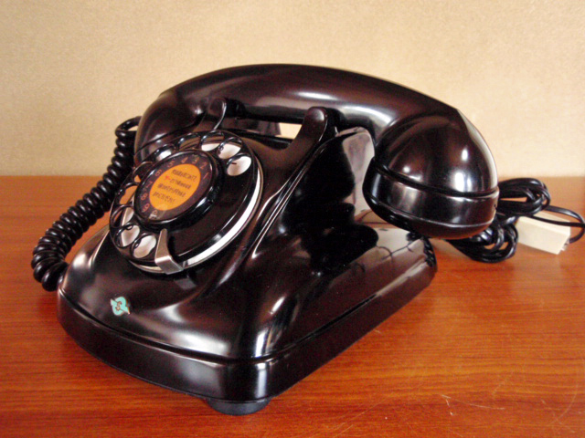 ◆昭和の4号黒電話◆整備済み 光回線可/モジュラーケーブル延長仕様 骨董_画像7