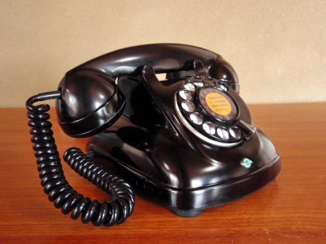 ◆昭和の4号黒電話◆整備済み 光回線可/モジュラーケーブル延長仕様 骨董_画像4