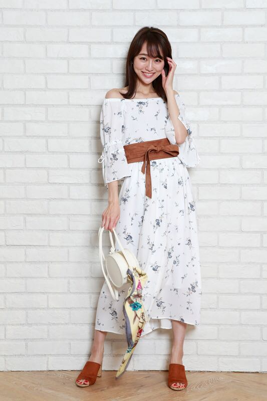 【新品タグ付き】リランドチュール小花柄スカート_画像4