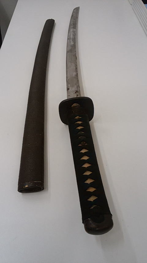【3856】刀・太刀 國廣 長さ一尺九寸六分五厘 反り四分 錆有