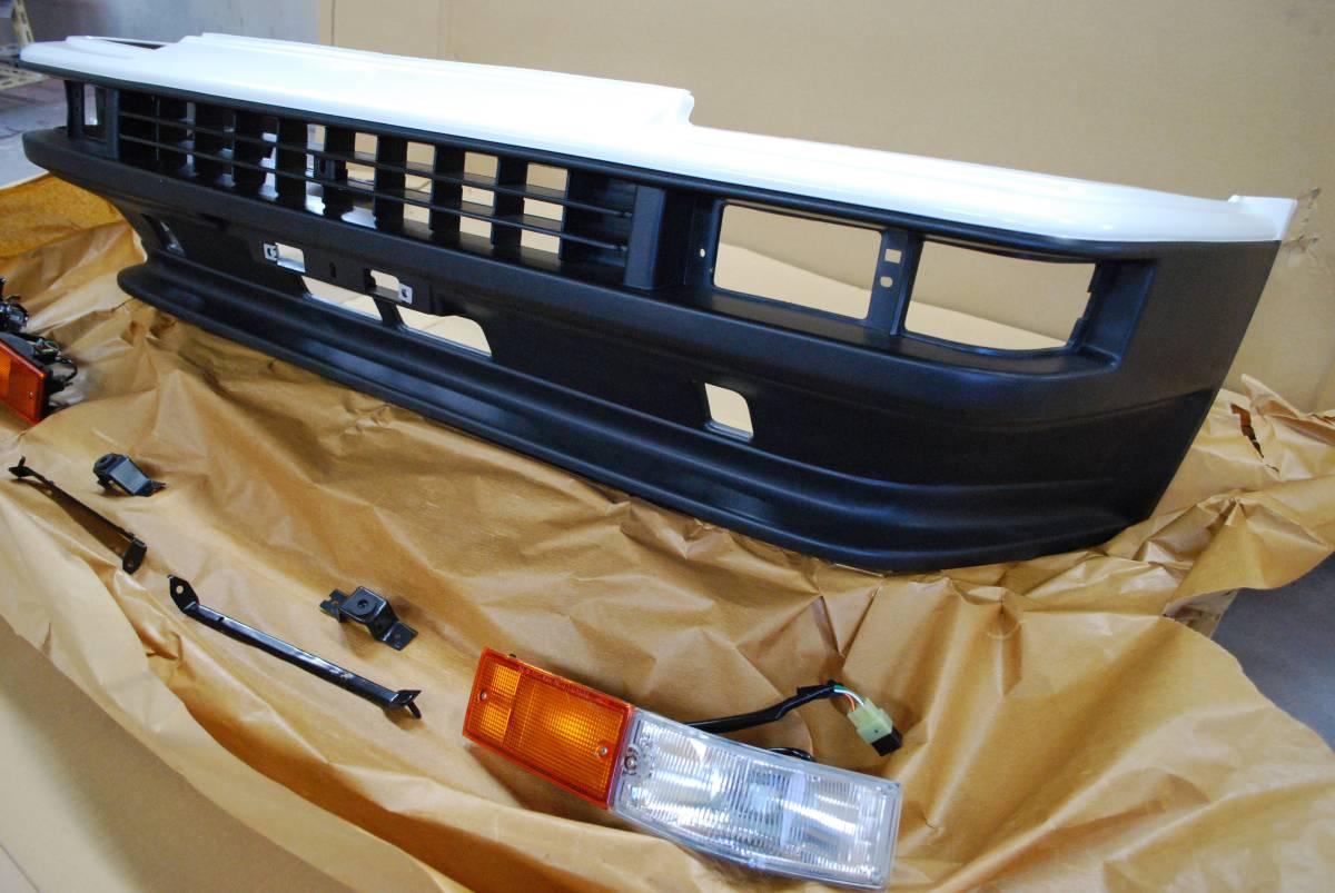 AE86 純正 新品 トレノ Frバンパー、ウインカーセット_画像3
