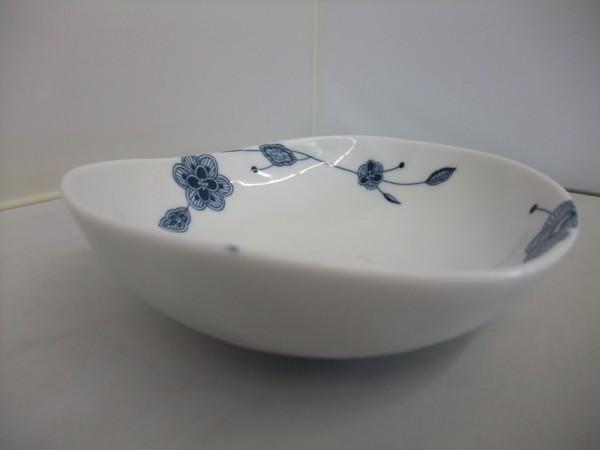 日本製 美濃焼  フルーベル まゆ型 14㎝  中鉢 シンプルモダン  _画像5