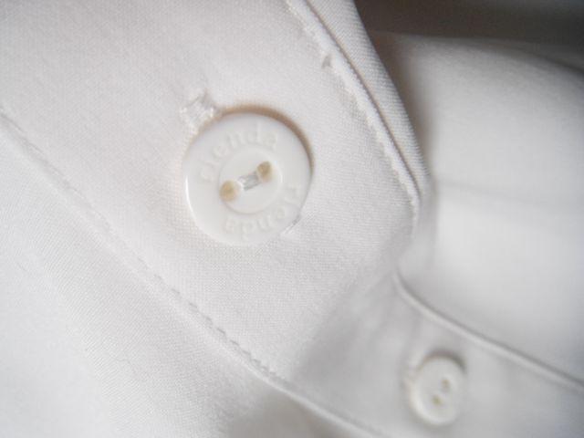 ☆rienda リエンダ☆大人可愛いフロントフリルの長袖ブラウス トップス シャツ 白ホワイト レディース☆Sサイズ_画像4