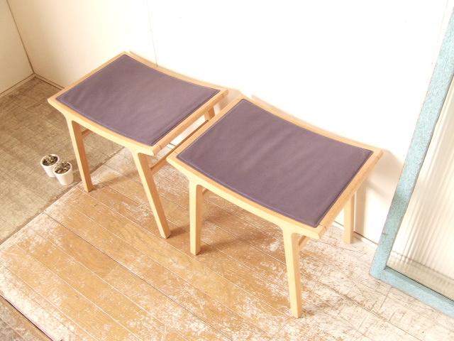 天童木工 布張りスツール③2脚 椅子 剣持勇 曲木 家具 送料無料_画像2