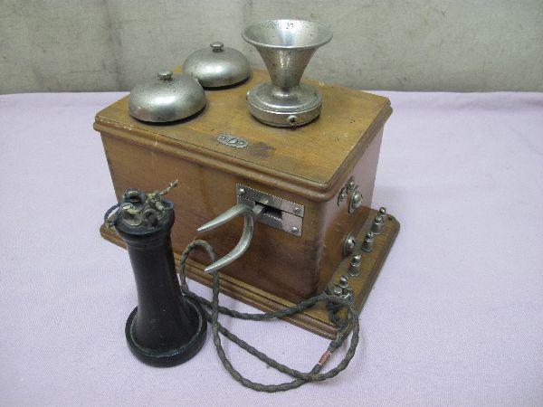デルビル磁石式 電話機(277) 壁掛け 昭和レトロ_画像3