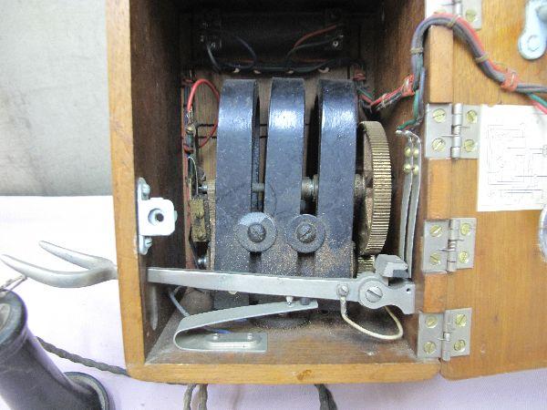 デルビル磁石式 電話機(277) 壁掛け 昭和レトロ_画像6