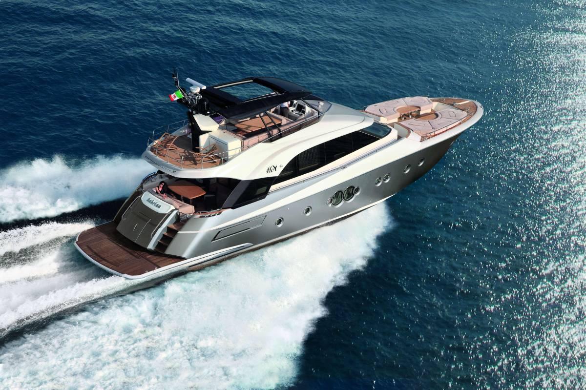 速報!!2015年モデル Monte Carlo Yacht70 ワンオーナー極上艇!!_画像1